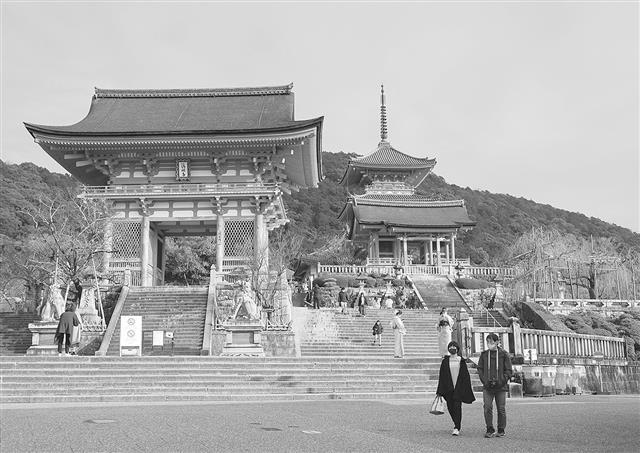京都 観光 客 少ない